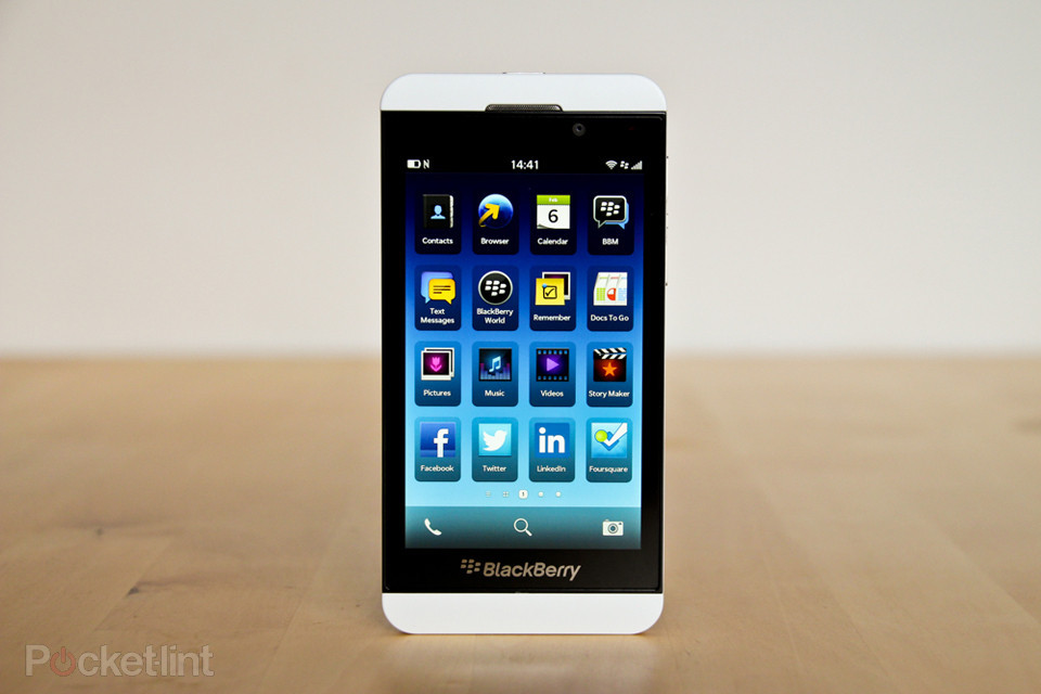 blackberry-z10-review-blackberry-10-0